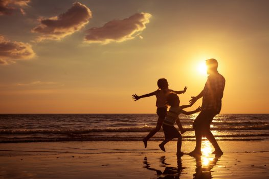 sunsetfamily-526x350